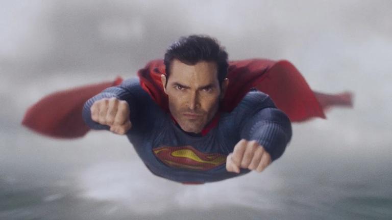 Tyler Hoechlin flies as Superman on Superman & Lois