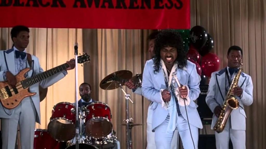 Eddie Murphy como Randy Watson de Sexual Chocolate en Coming to America