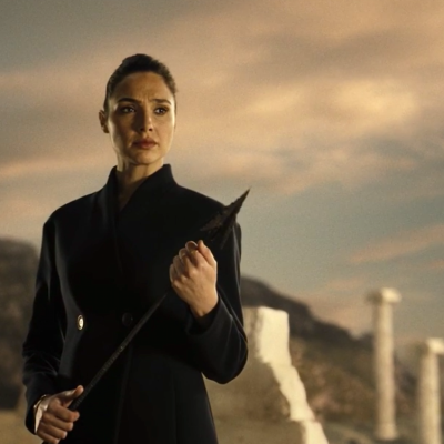 Gal Gadot as Wonder Woman in Zack Snyder's Justice League Ending