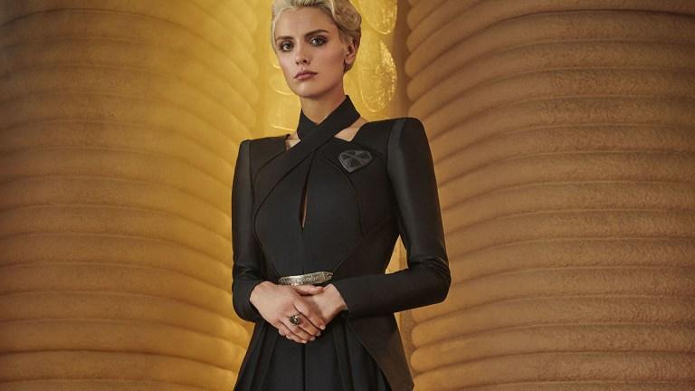Wallis Day dressed in black as Nyssa Vex on Krypton