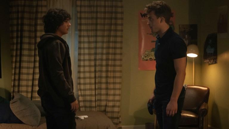 Alex Garfin as Jordan Kent and Jordan Elsass as Jonathan Kent in Superman and Lois episode 3