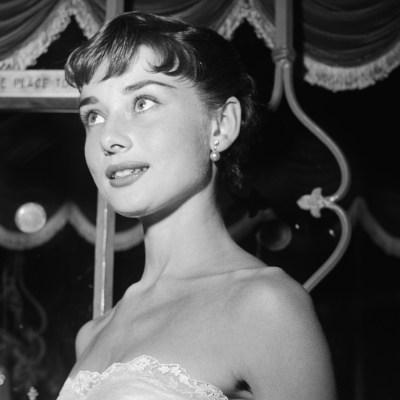 Audrey Hepburn wins Roman Holiday Oscar after World War II