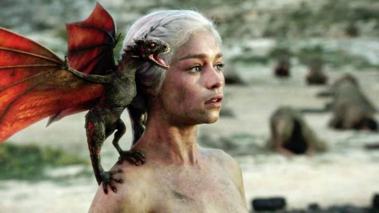 Drogon on Daenerys' shoulder in Game of Thrones Season 1