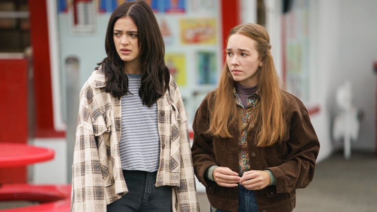Olive and Angelina in Manifest
