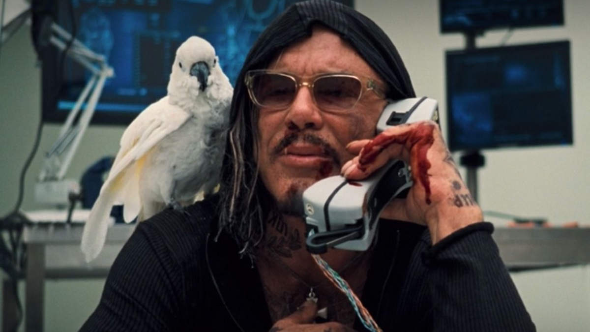 Iron Man 2 Actor Mickey Rourke Loves SVU, But Not The MCU