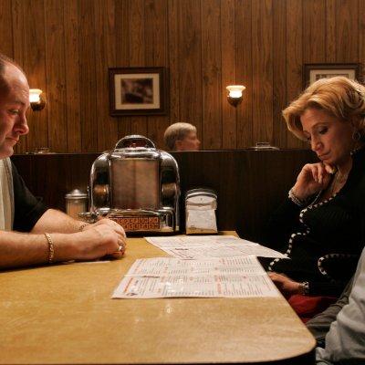 Tony, Carmella, and AJ Soprano at Holsten's Diner in The Sopranos finale