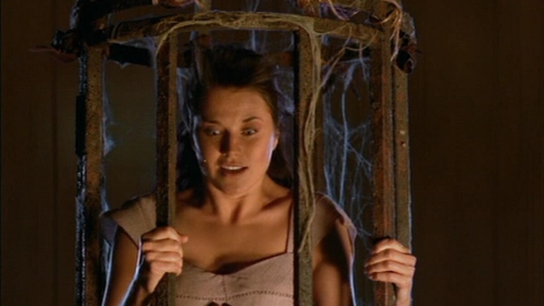 """Xena (Lucy Lawless) in the episode """"Remember Nothing"""""""