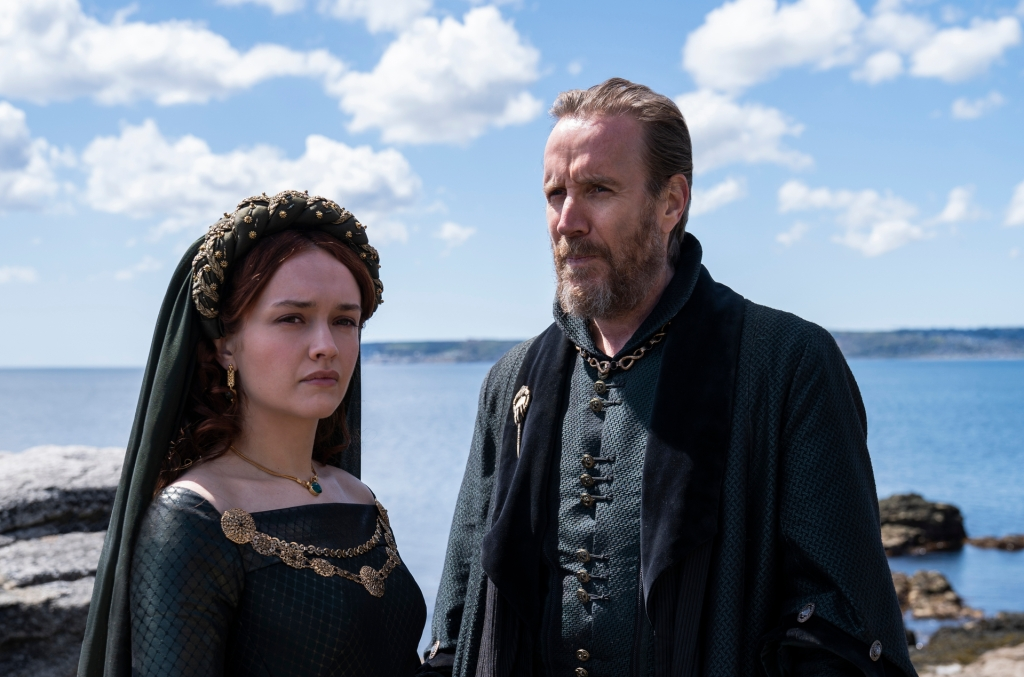 House of the Dragon - Olivia Cooke and Rhys Ifans as Alicent and Otto Hightower