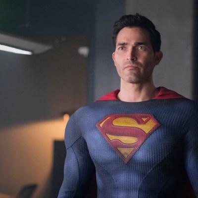 Tyler Hoechlin as Superman on Superman & Lois episode 6
