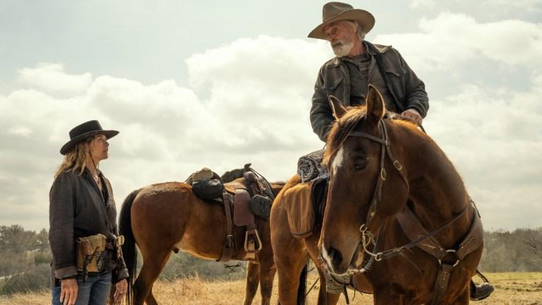 June (Jenna Elfman) and John Dorie Sr. (Keith Carradine) in Fear the Walking Dead season 6 finale