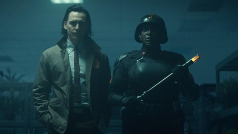 Loki and Hunter B-15 in Roxxcart