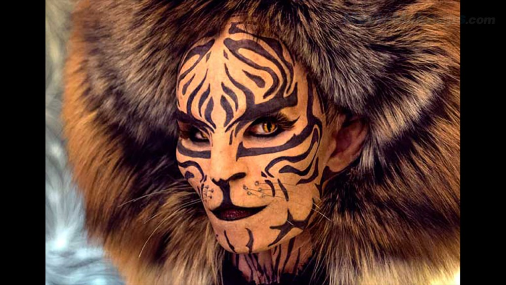 Tigris in The Hunger Games MockingJay Part II