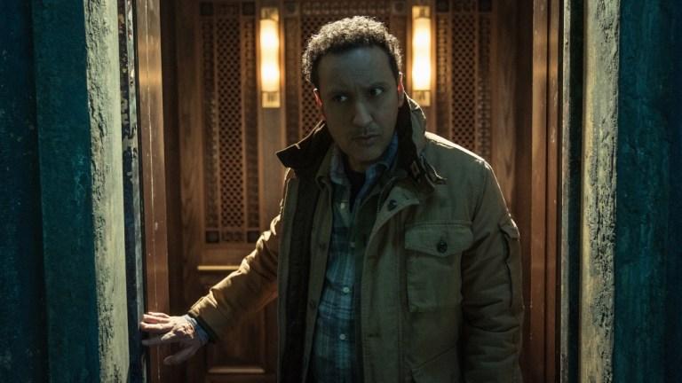 Ben Shakir (Aasif Mandvi) in Evil season 2 episode 4