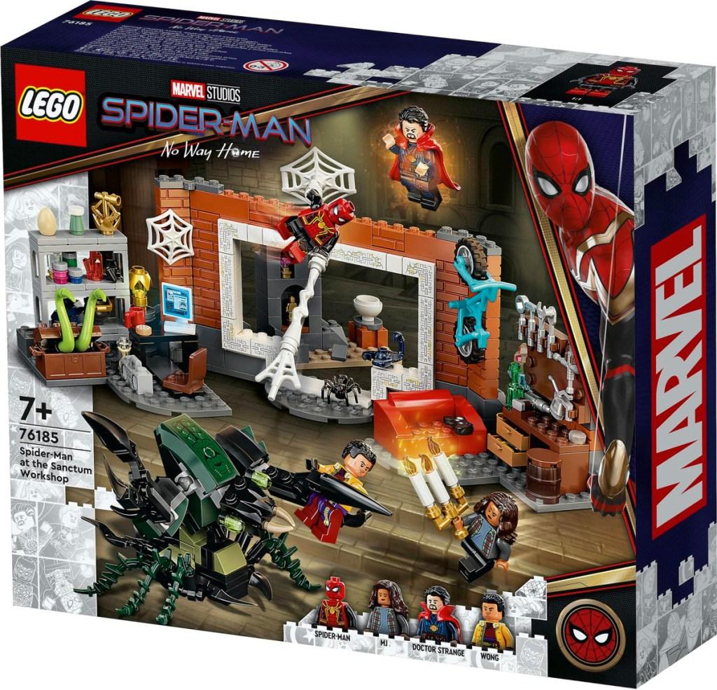 LEGO Spider-Man en el taller de Sanctum.