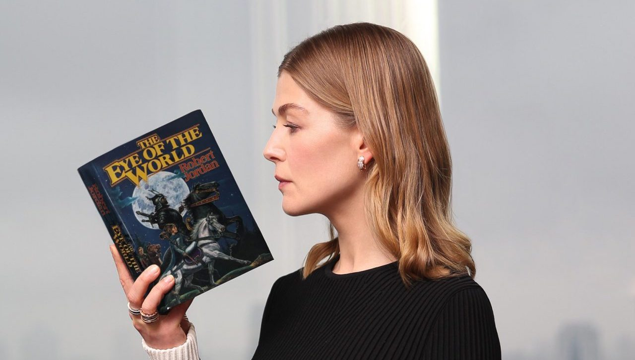 Will Amazon's Wheel of Time Be a Faithful Adaptation? - Den of Geek