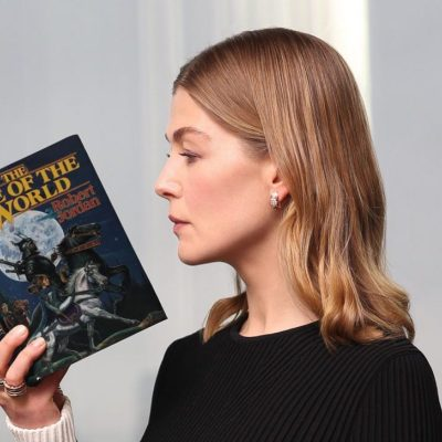 Rosamund Pike reading Wheel of Time Book 1