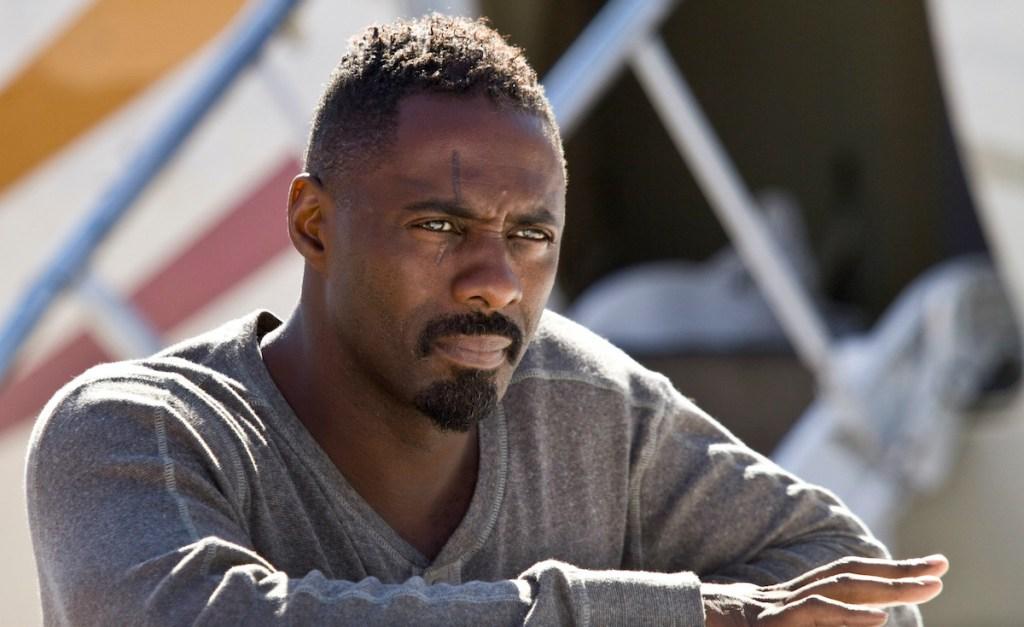 Idris Elba dans Les Perdants