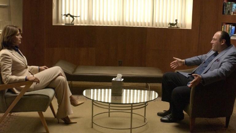 Jennifer Melfi (Lorraine Bracco) and Tony Soprano (James Gandolfini) in The Sopranos