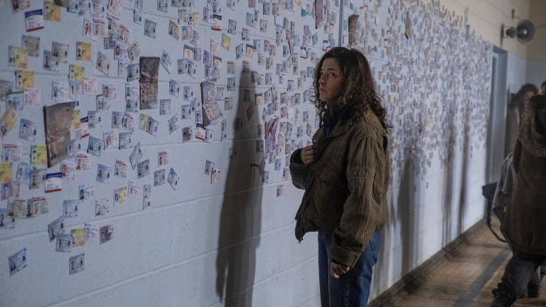 Hero Brown (Olivia Thirlby) in Y: The Last Man
