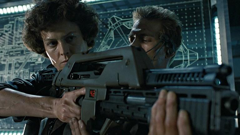 Aliens; Signourney Weaver as Ripley, Michael Biehn as Hicks.