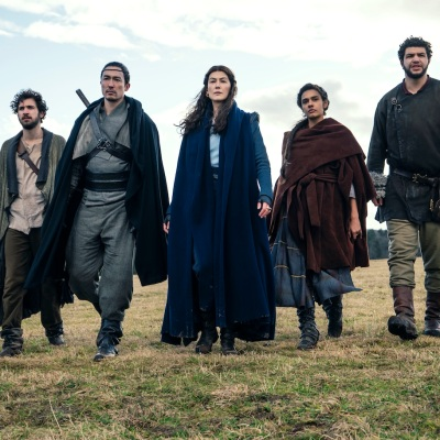 The Wheel of Time cast walking