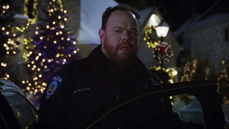 Devin Ratray as Buzz in Home Sweet Home Alone.
