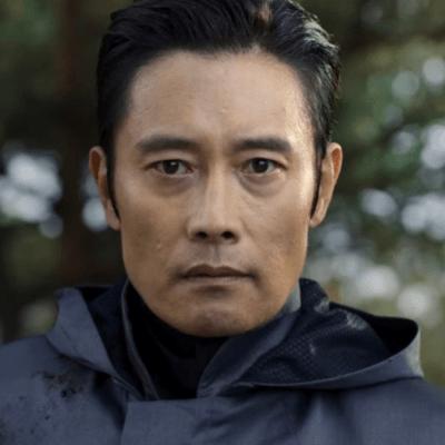 Lee Byung-hun as Front Man, aka In-ho, in Squid Game